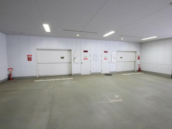 新大阪スカイビル月極駐車場